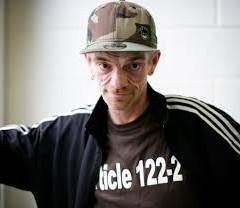 Cannabis thérapeutique : « Pour me soigner, je dois être un délinquant » Rue 89 15 octobre 2011